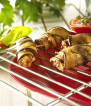 Aubergine rolls filled with Exquisa cream cheese